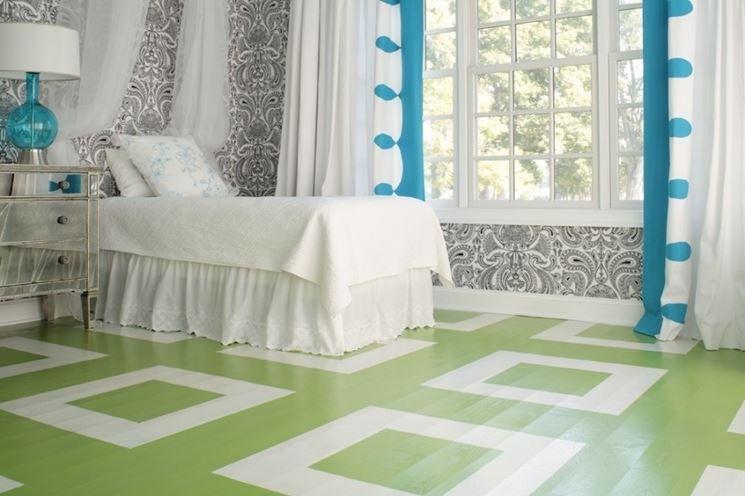 pavimento decorato con vernice