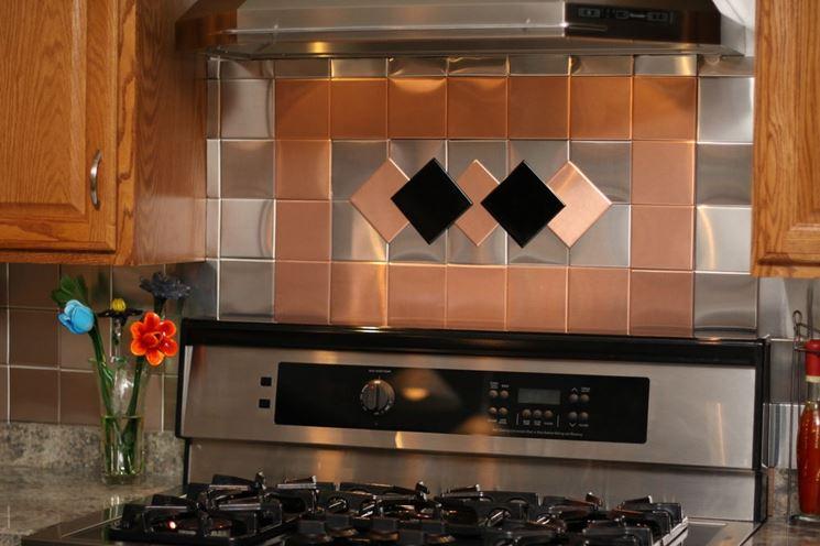 Piastrelle adesive cucina piastrelle piastrella cucina for Piastrelle adesive cucina