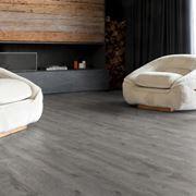 piastrelle in pvc adesive effetto legno