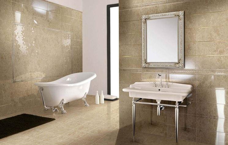 Rivestimenti bagno piastrelle for Piastrelle bagno pietra