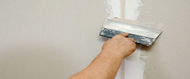 stuccare parete cartongesso