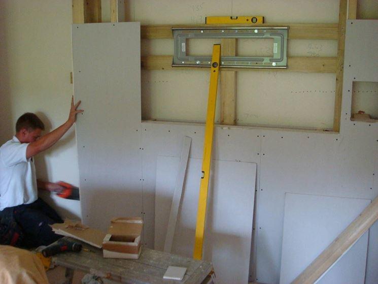 Realizzare una controparete in cartongesso cartongesso - Porta su parete cartongesso ...