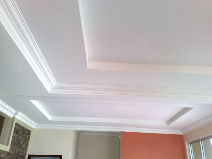 Come costruire un controsoffitto in cartongesso for Controsoffitto cartongesso