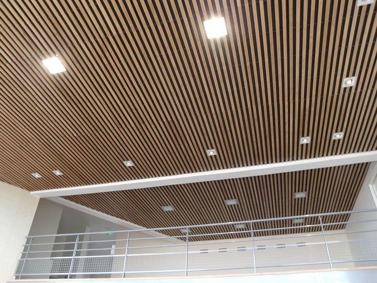 Soffitto In Legno Finto : Controsoffitti in legno controsoffitti funzionalità dei