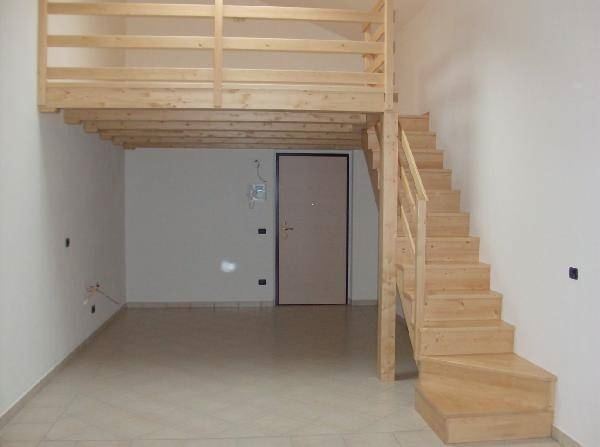 Soppalco prefabbricato controsoffitti for Quanto costa costruire un garage 24x24