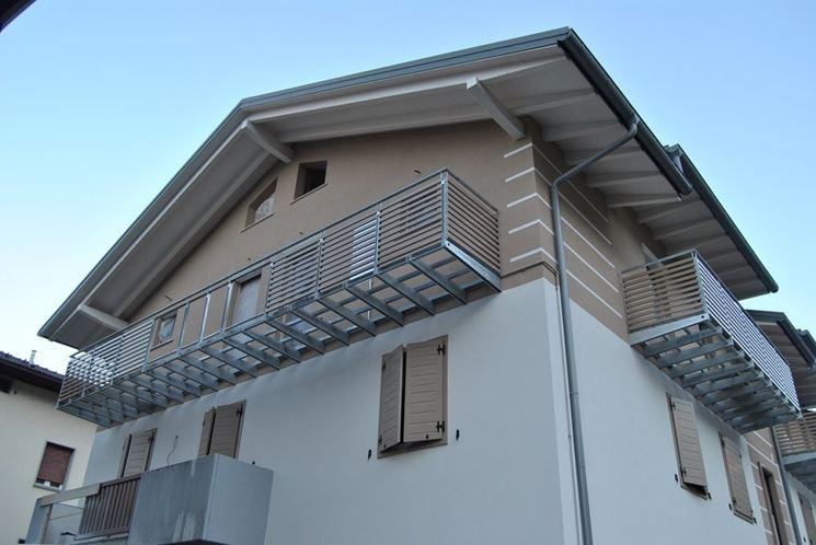Sopraelevazione con rifacimento della copertura in legno - Copertura tetto - Rifacimento ...