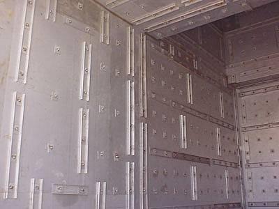Isolare pareti e pavimenti isolamento - Coibentare una parete interna ...