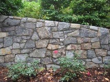 costruire un muro in giardino