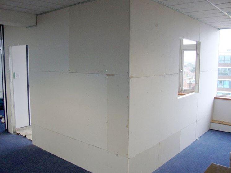 Come montare una parete in cartongesso pareti montaggio pareti cartongesso - Parete mobile in cartongesso ...