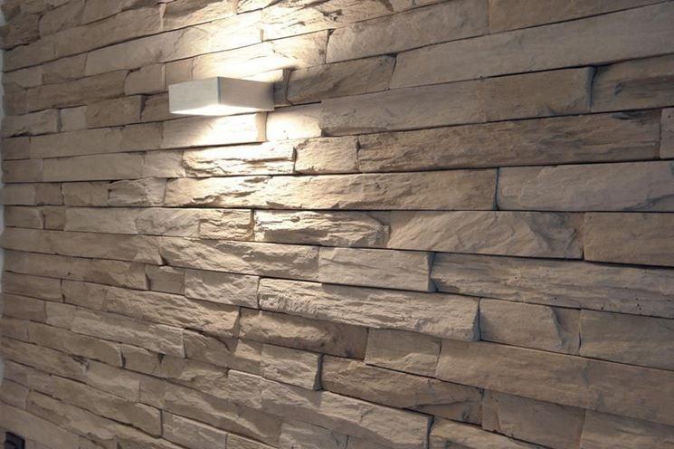 Parete finta pietra - Pareti - Realizzare parete in finta pietra