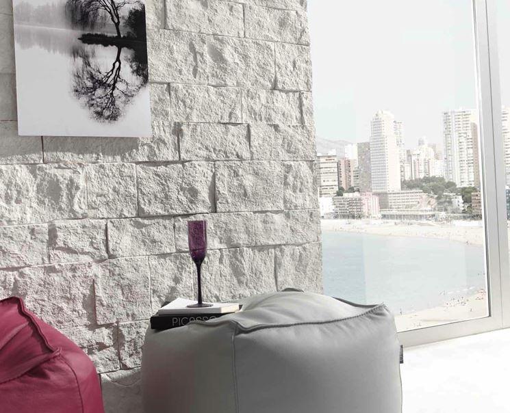 Rivestire una parete con la pietra - Pareti - come rinnovare una parete con l...