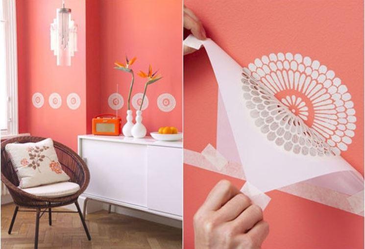 Stencil fai da te pareti come eseguire stencil con il for Disegni geometrici per pareti