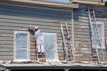 verniciare l'esterno della casa