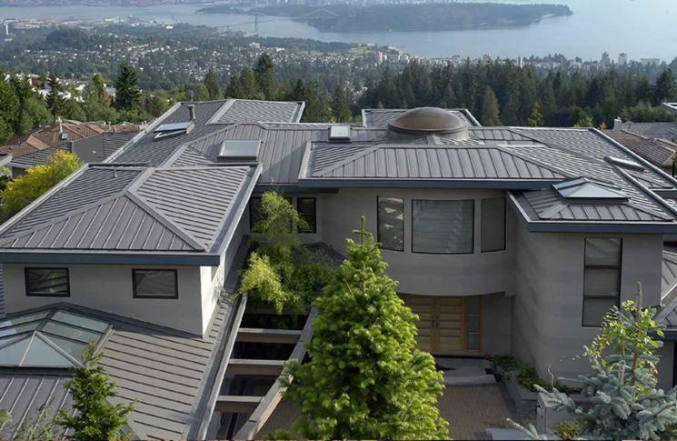 esempio di tetto a bassa pendenza