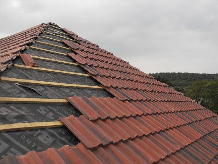 Tetto di copertura tetto for Casa in stile scandole