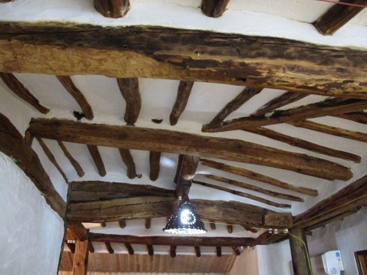 Soffitto In Legno Finto : Dimensioni travi in legno travi sezioni travi in legno