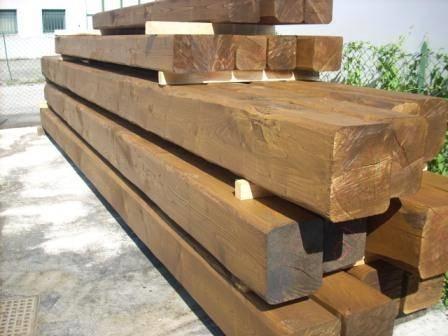 Travi di castagno travi for Tronchi di legno per arredamento