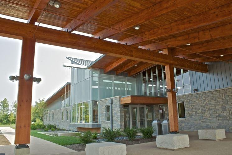 esempio di copertura in legno lamellare