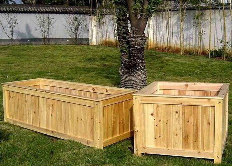 Fioriera in legno vasi come realizzare fioriera in legno for Vasi di legno