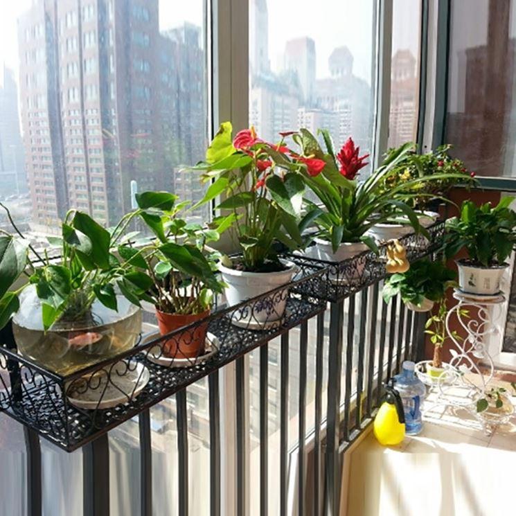 Fioriere da balcone vasi vasi e fioriere per il balcone for Fioriere in ferro