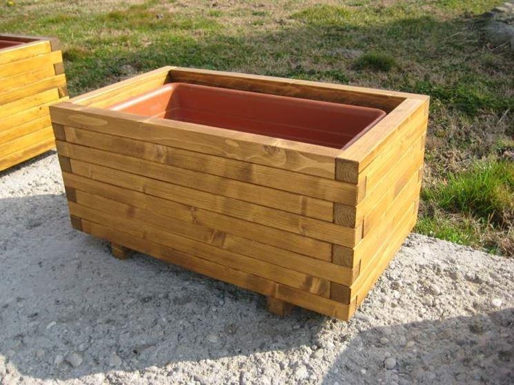 Fioriere in legno prezzi vasi quanto costano le for Vasi in terracotta prezzi