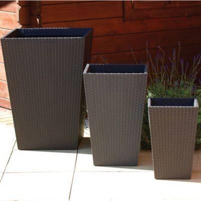 Fioriere per terrazzi - Vasi - Scegliere le fioriere per terrazzi