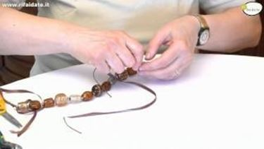 Come creare una collana di pietre dure parte 2