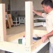 Come costruire un tavolo in legno fai da te
