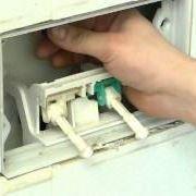 installare e mantenere una cassetta wc