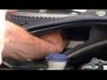 Cambio del filtro antipolline dell'auto