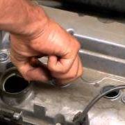 Come sostituire le candele dell'auto